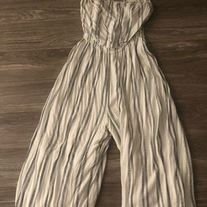 Urban Outfitters Striped Wide Legged Jumpsuit (L)